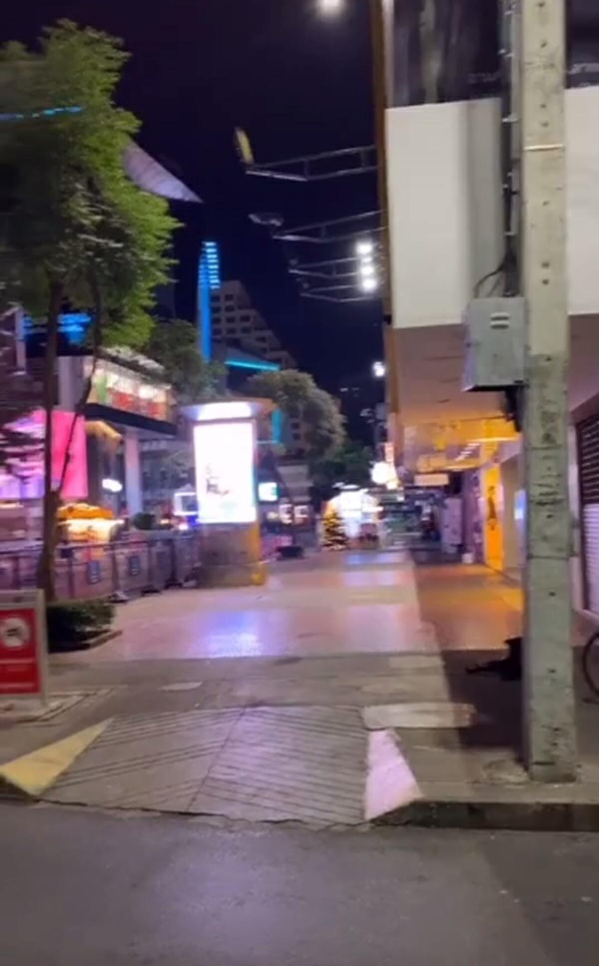 ผู้ประกอบการร้านอาหาร เผยภาพย่านสยามสแควร์ สุดเงียบเหงาราวกับเมืองร้าง