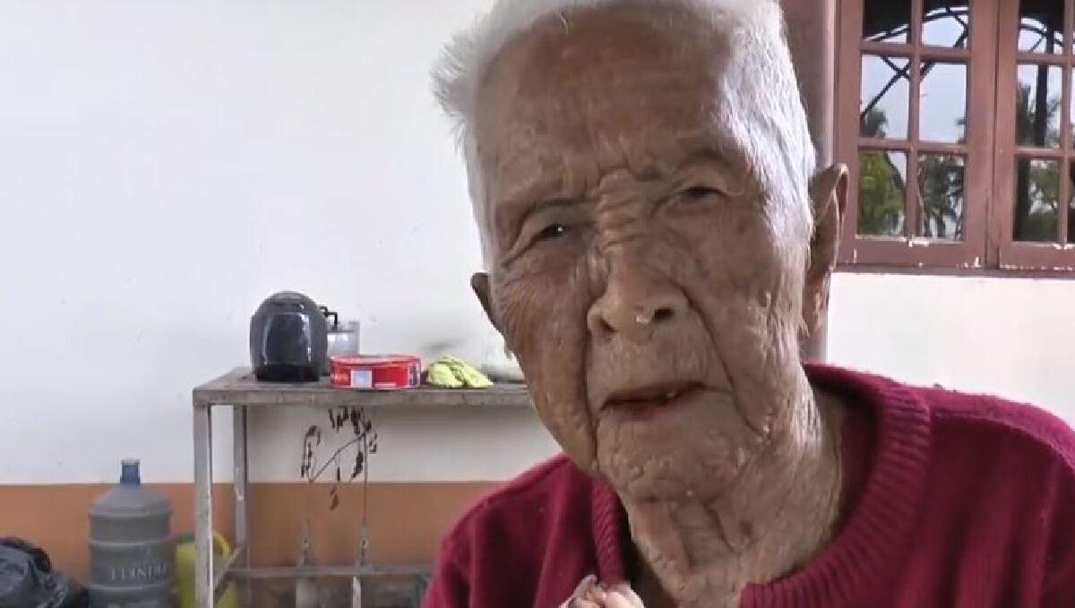ยายเเสงวัย99ปี เครียดนอนไม่หลับ ถูกเรียกคืนเบี้ยผู้สูงอายุเกือบเเสน