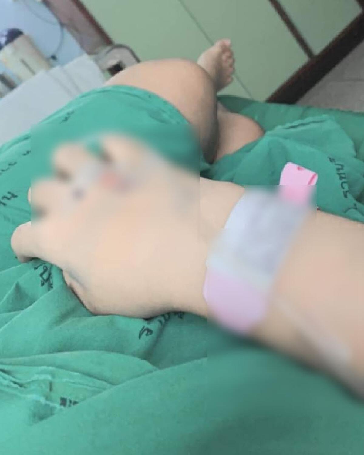 แม่ลูกอ่อน ตกใจหนัก คลอดลูกที่โรงพยาบาลดัง แต่หมอลืมผ้าก๊อซไว้ในช่องคลอด