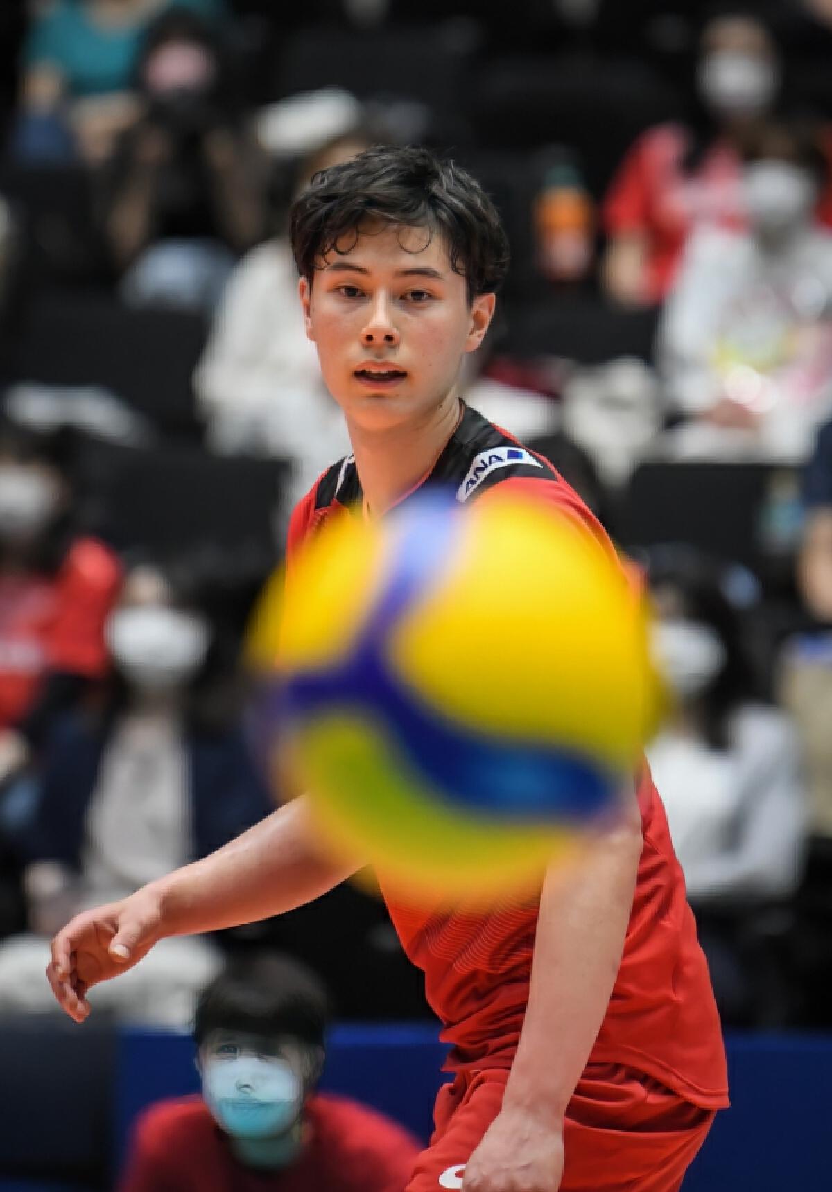 """นักวอลเลย์บอลญี่ปุ่น """"ทากาฮาชิ รัน"""""""
