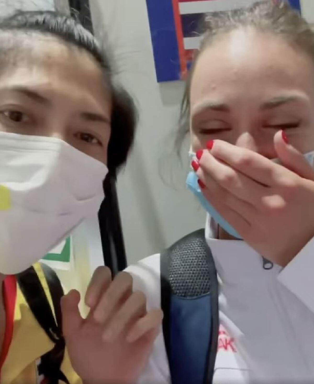 เเฟนลูกยางไทยเดือด บุกถล่มยับตบเซอร์เบีย ทำท่าเหยียดคนเอเชีย ใส่ตบสาวไทย