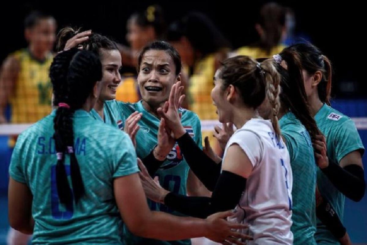 รายได้ นักวอลเลย์บอลทีมชาติไทย 6 เซียนตบสาวไทย