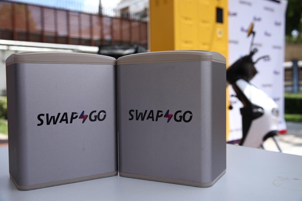 ปตท. จับมือ โออาร์ เปิดตัว  Swap & Go สถานีสลับแบตเตอรี่มอเตอร์ไซค์ไฟฟ้า