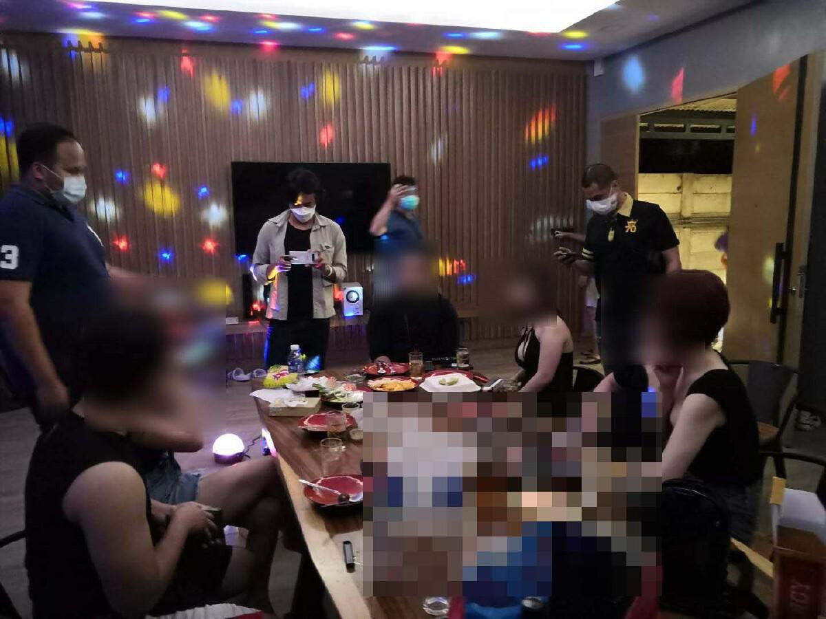 ฉาวอีก แก๊งปาร์ตี้วันเกิด ดื่มมั่วสุมที่โรงแรมหรูย่านรามอินทรา