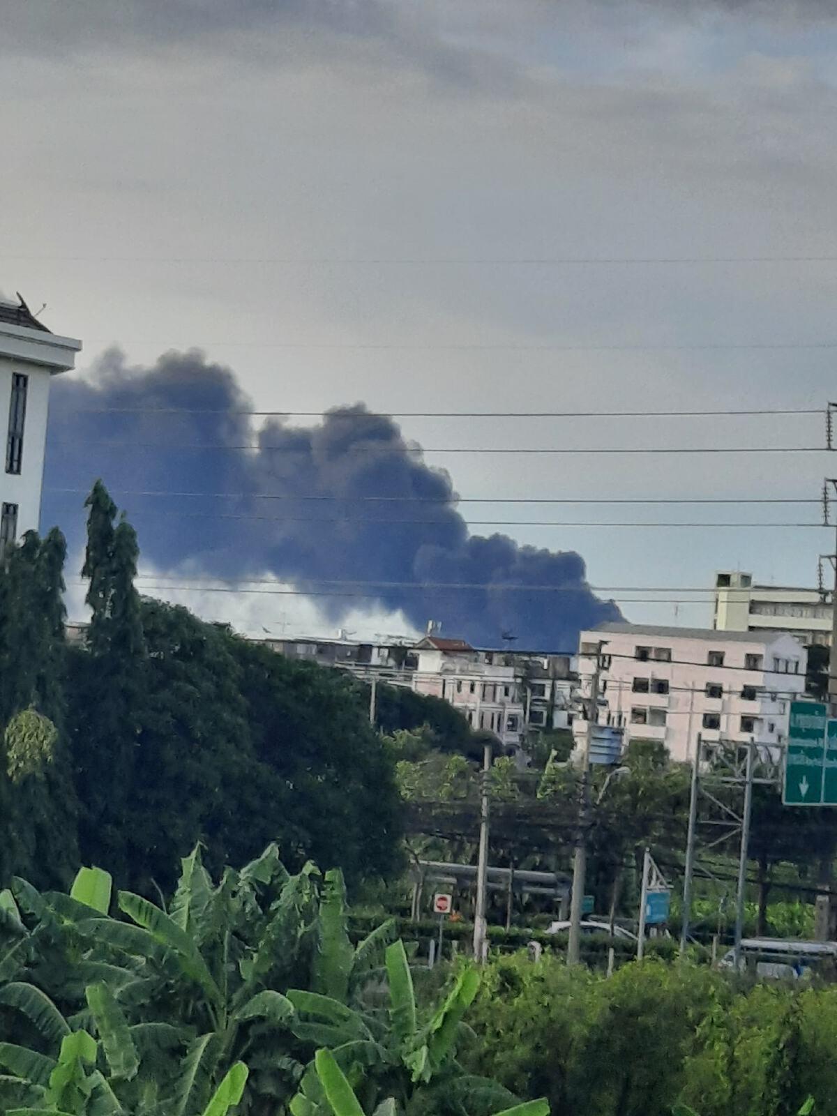 ไฟไหม้โรงงานกิ่งแก้ว 21