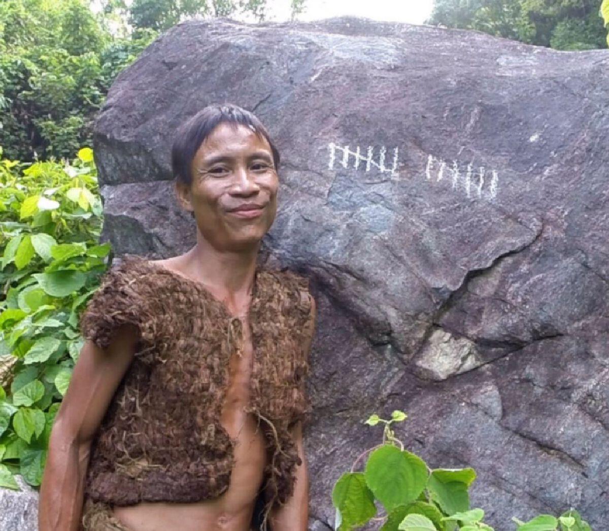 โฮ หวั่น ลัง ชายชาวเวียดนามที่ถูกเรียกขานว่าเป็น ทาร์ซานตัวจริง